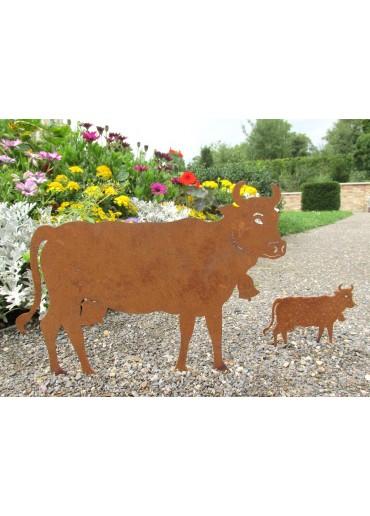Rostige Kuh klein auf Platte