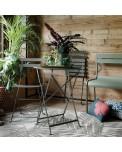 Fermob Bistro Tisch mit Stühle in der Farbe Rosmarin