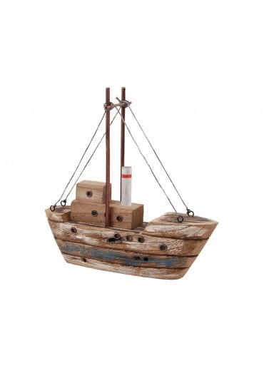 Fischerboot aus rustikalem Holz